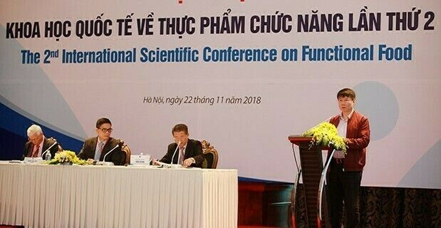 Thứ trưởng Bộ Y tế Trương Quốc Cường phát biểu tại Hội nghị