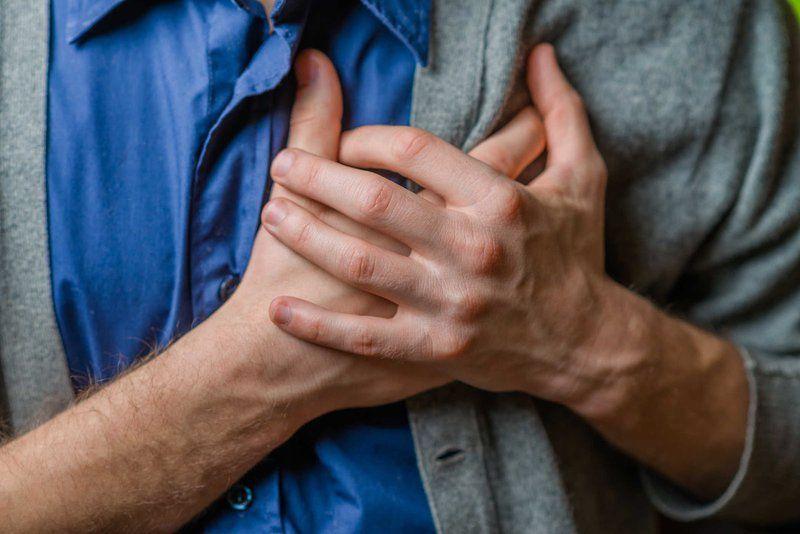 Khi bệnh nhân mắc ung thư phổi thường có dấu hiệu đau tức ngực