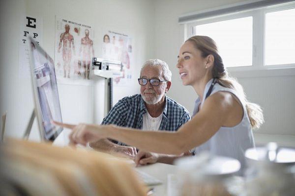 Bệnh nhân ung thư dạ dày điều trị hóa chất sống được bao lâu?