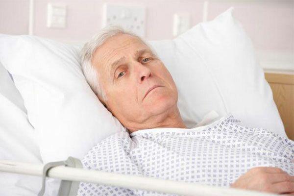 Tác dụng phụ của xạ trị ung thư trực tràng gây mệt mỏi cho người bệnh