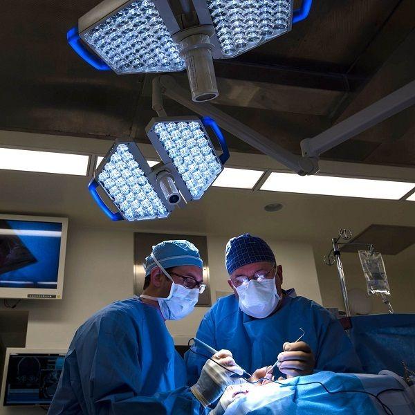 Phẫu thuật sẽ cắt bỏ một phần hoặc toàn bộ dạ dày chứa khối u