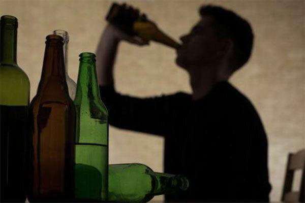 Người bệnh ung thư vòm họng tuyệt đối không sử dụng rượu bia