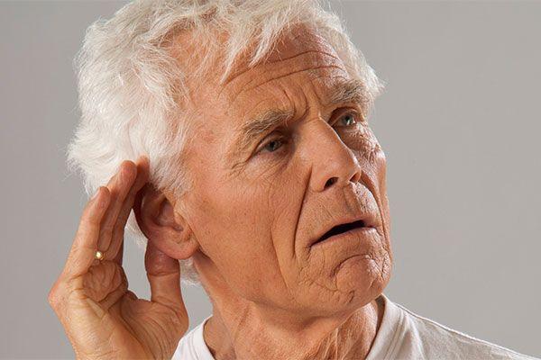ung thư vòm họng thường có biểu hiện ù tai