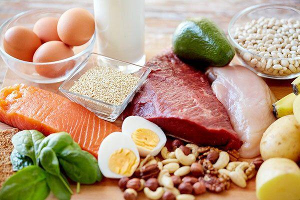 Người bệnh ung thư gan không nên ăn quá nhiều những thực phẩm giàu protein, những thực phẩm béo, nhiều đường