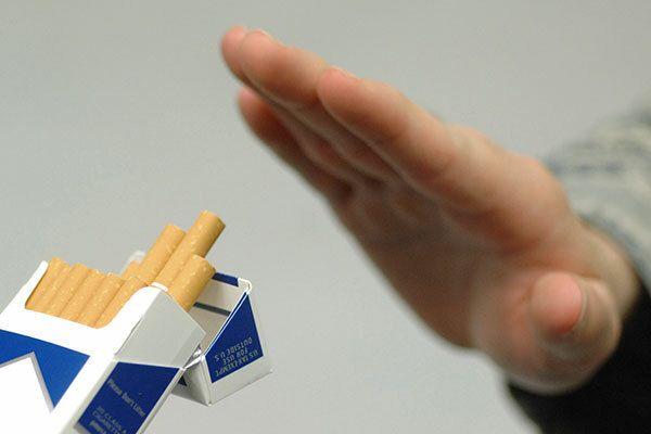 Bệnh nhân xạ trị ung thư thực quản tuyệt đối không sử dụng thuốc lá