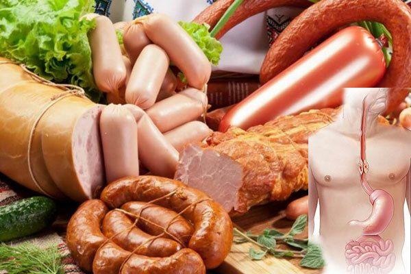 Không nên sử dụng các loại thực phẩm chế biến sẵn như thịt xông khói, xúc xích