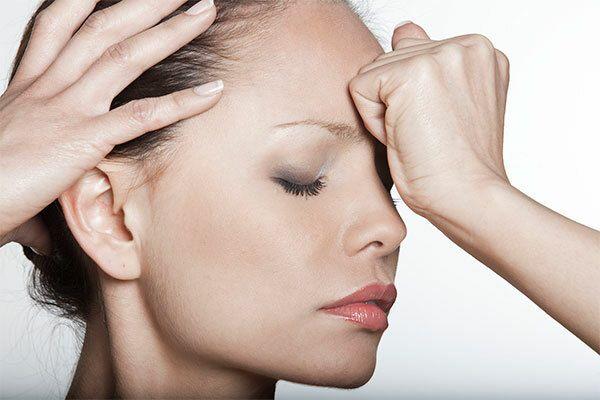 Bệnh ung thư vòm họng thường có dấu hiệu đau đầu