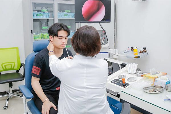 Xét nghiệm ung thư vòm họng bằng phương pháp nội soi bao nhiêu tiền
