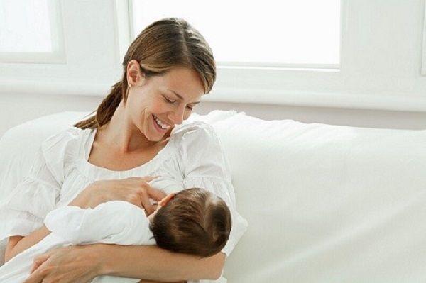 Sinh con ở độ tuổi hợp lý giúp ngăn ngừa ung thư vú