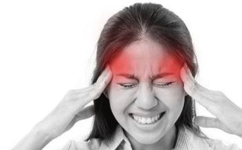 Đau đầu – triệu chứng ung thư vòm họng không nên chủ quan