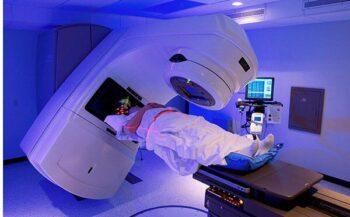 Tìm hiểu phương pháp xạ trị ung thư thực quản và cách phòng ngừa