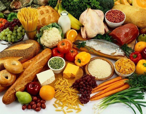 Người bệnh ung thư đường ruột nên ăn uống đa dạng đảm bảo đầy đủ dinh dưỡng, vitamin