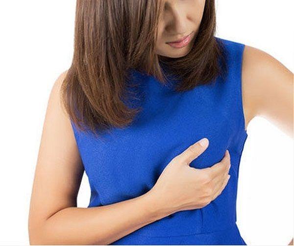 Nổi u cục ở vú có thể là triệu chứng sớm ung thư vú