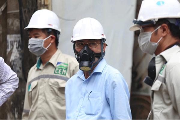 Trang bị bảo hộ lao động khi làm việc trong môi trường độc hại để giảm nguy cơ mắc ung thư vòm họng