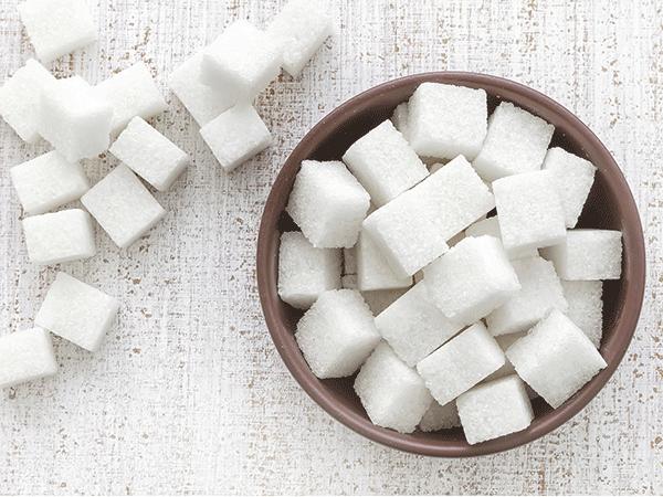 Người bệnh sau hóa trị nên hạn chế ăn đường trong khẩu phần ăn hàng ngày