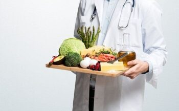 Chỉ dẫn sau phẫu thuật ung thư nên ăn gì và không nên ăn gì