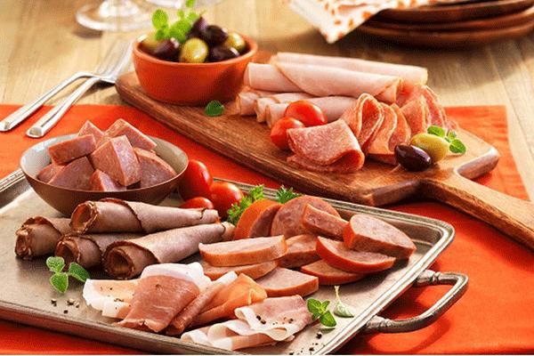 Bệnh nhân ung thư gan nên hạn chế ăn thực phẩm chế biến sẵn