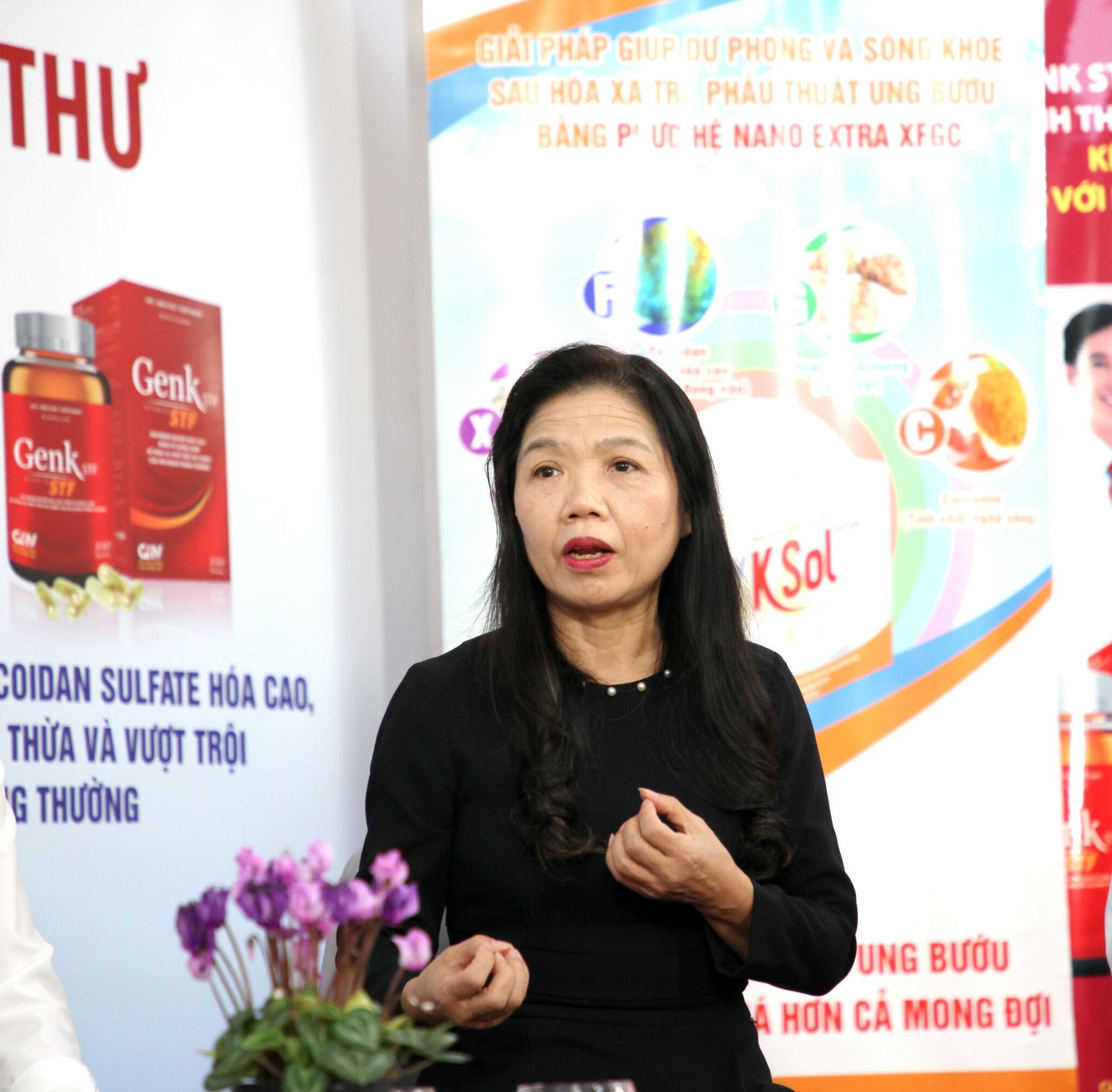 PGS. BS. Lê Bạch Mai, Nguyên Phó Viện trưởng Viện dinh dưỡng Quốc gia chia sẻ trong tọa đàm