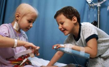 Cách nhận biết dấu hiệu ung thư máu ở trẻ em