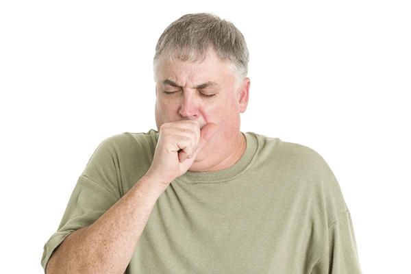 Ho kéo dài là một trong trong những triệu chứng cảnh báo mắc ung thư phổi giai đoạn đầu