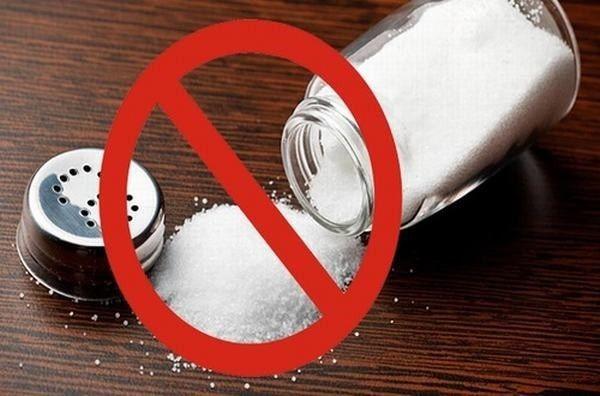 Dinh dưỡng cho bệnh nhân ung thư gan cần hạn chế đồ ăn chứa nhiều muối