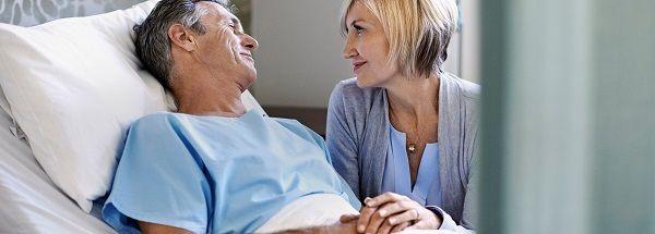 Động viên chia sẻ để người bệnh ung thư đại tràng có tinh thần thoải mái lạc quan chiến đấu bệnh tật