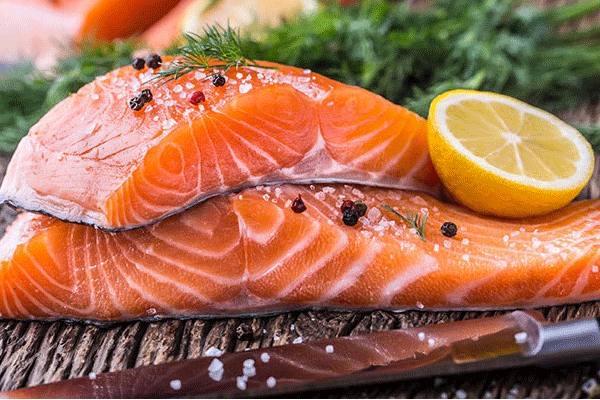 Vitamin D có trong cá hồi giúp phòng chống ung thư di căn