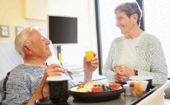 Tìm hiểu về chế độ ăn sau phẫu thuật ung thư đại tràng
