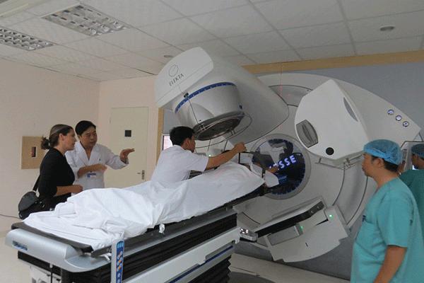 xạ trị chữa ung thư