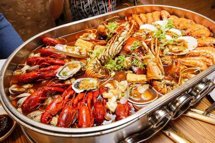 Khi bị ung thư phổi nên hạn chế ăn hải sản