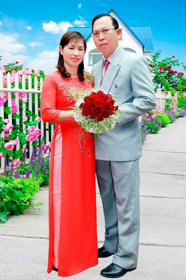 Vợ chồng tôi mạnh khỏe, vui vẻ đón Xuân mới cùng với dấu mốc kỷ niệm 30 năm ngày cưới