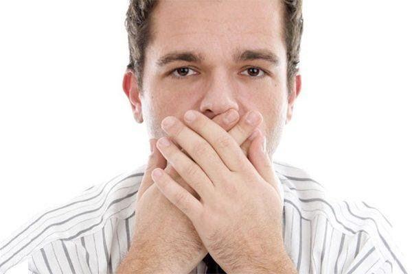 Nồng độ canxi cao trong máu có thể xảy ra khi ung thư di căn xương và dẫn tới: nôn, mất nước, đãng trí…
