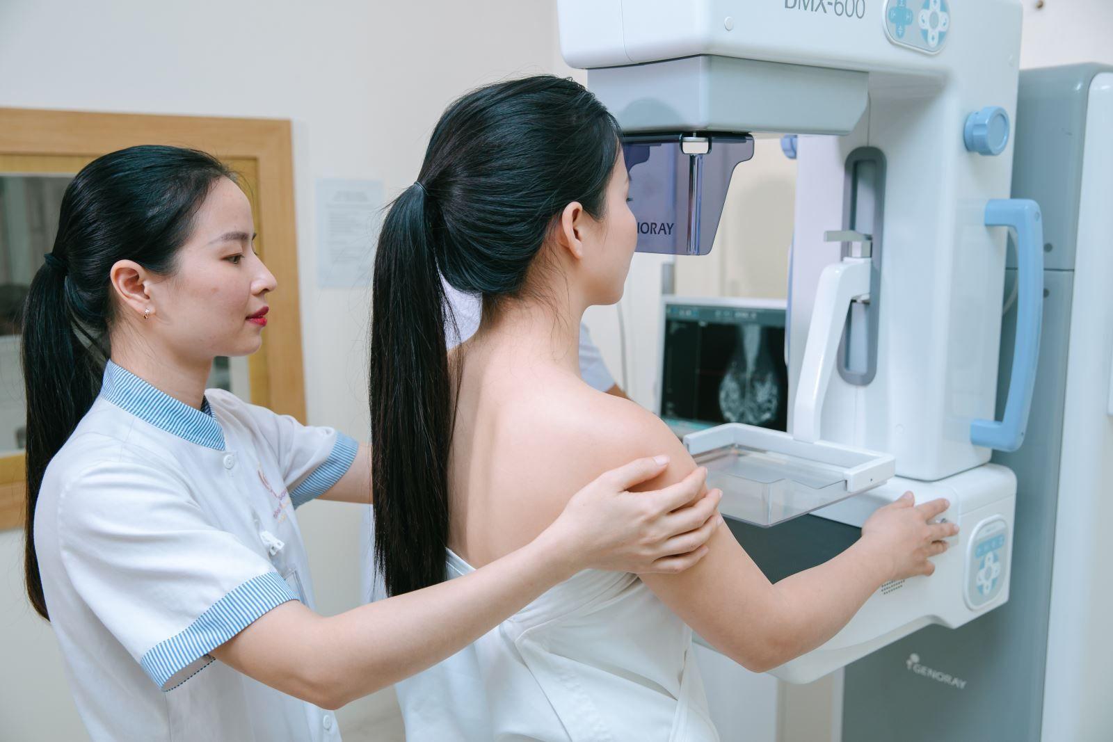 Chị em cần chủ động khám tầm soát ung thư vú định kỳ