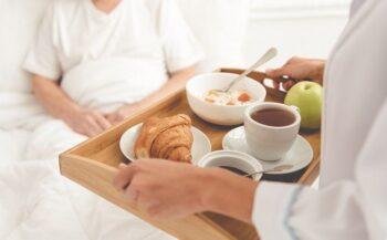 Những điều cần lưu ý về chế độ dinh dưỡng cho bệnh nhân ung thư