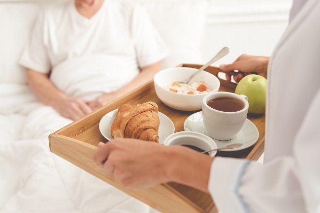 Chế độ dinh dưỡng cho bệnh nhân ung thư đóng vai trò quan trọng trong quá trình điều trị và phục hồi của người bệnh