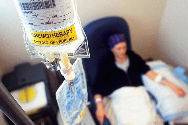 Hóa trị là phương pháp chủ yếu trong điều trị ung thư bạch cầu cấp tính