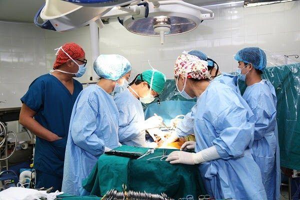 Cấy ghép gan cần cả người ghép và người hiến gan phải có sức khỏe tốt để nhanh chóng hồi phục