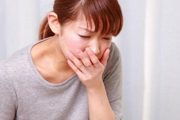 Buồn nôn là tác dụng phụ điển hình khi tiến hành hóa trị