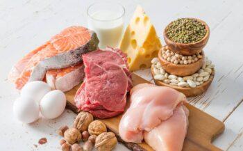 Chế độ ăn cho người ung thư trong giai đoạn xạ trị như thế nào chuẩn?