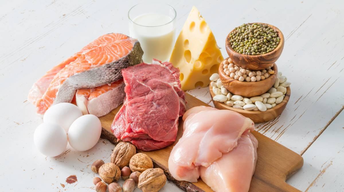 Nhóm thức ăn giàu protein giúp bệnh nhân xạ trị nhanh hồi phục