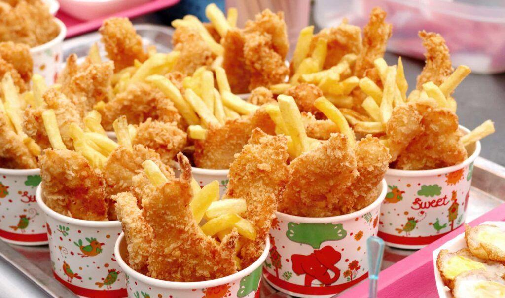 Đồ ăn nhanh gây nguy hại nhiều cho sức khỏe người bệnh ung thư máu