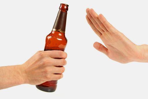 Bệnh nhân ung thư cần hạn chế tối đa bia, rượu