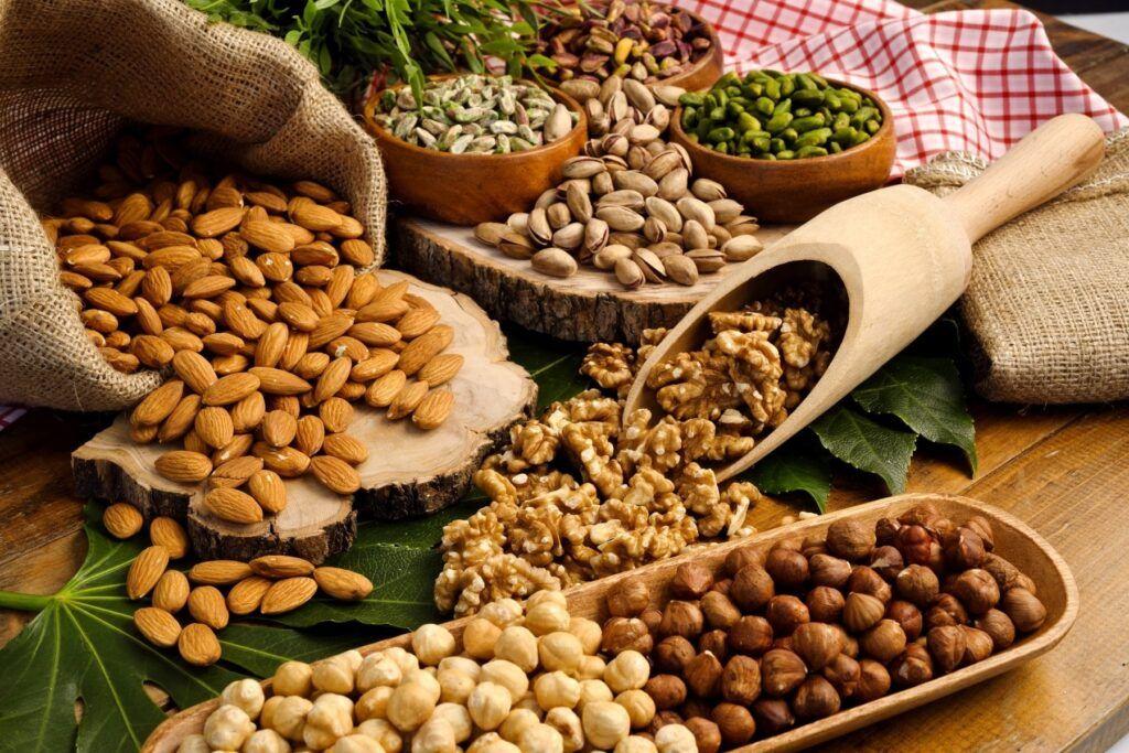 Ăn nhiều hạt ngũ cốc giàu chất xơ tốt cho phòng ngừa ung thư đại trực tràng