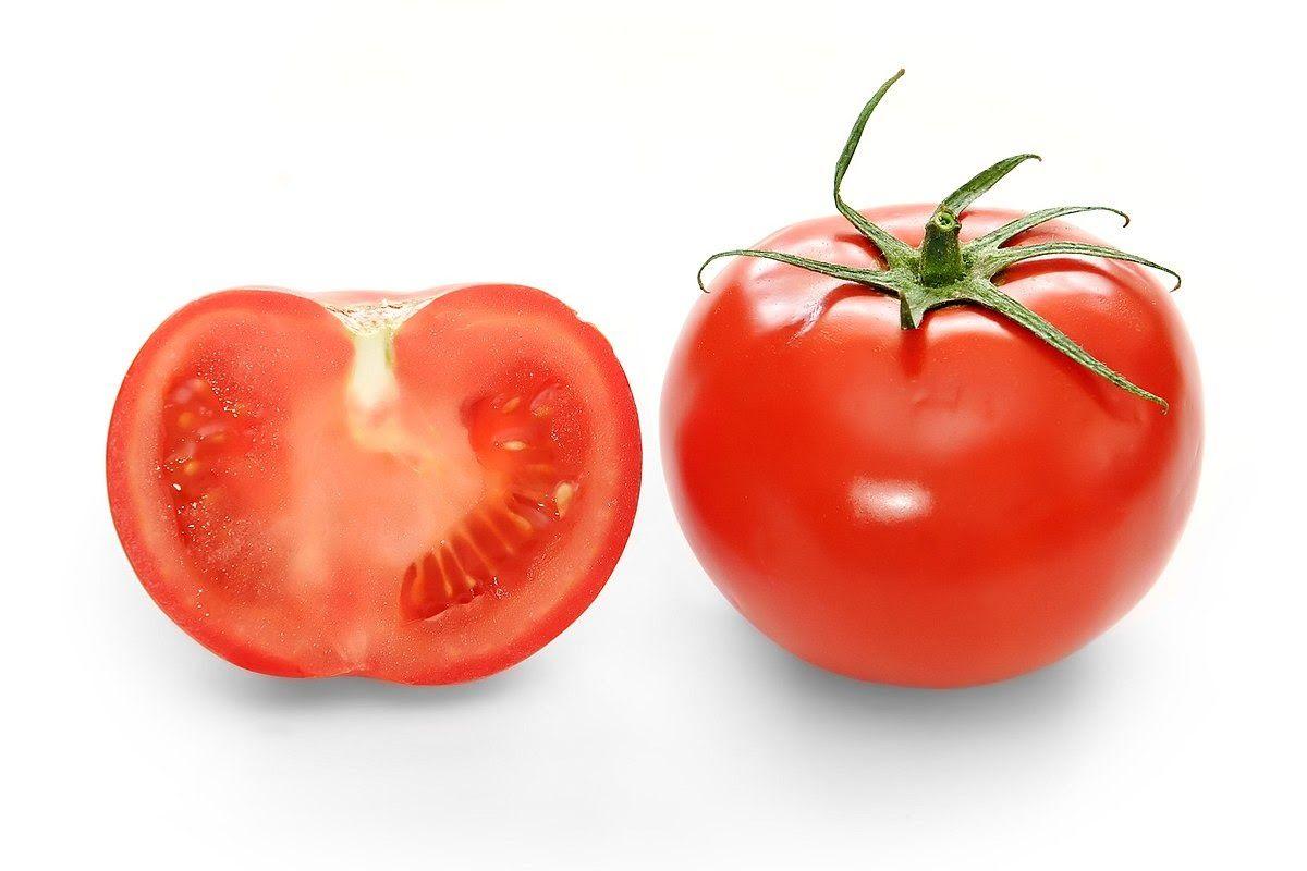 Trong chế độ ăn cho người ung thư tuyến tiền liệt nên bổ sung nhiều cà chua
