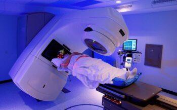 Xạ trị chữa ung thư dạ dà
