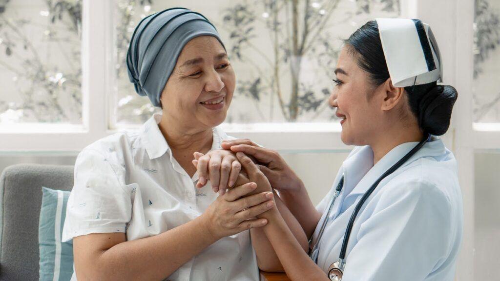 Chế độ dinh dưỡng cũng như chăm sóc bệnh nhân ung thư sau xạ trị rất quan trọng